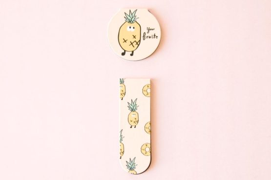 marque page fruit magnetique ananas